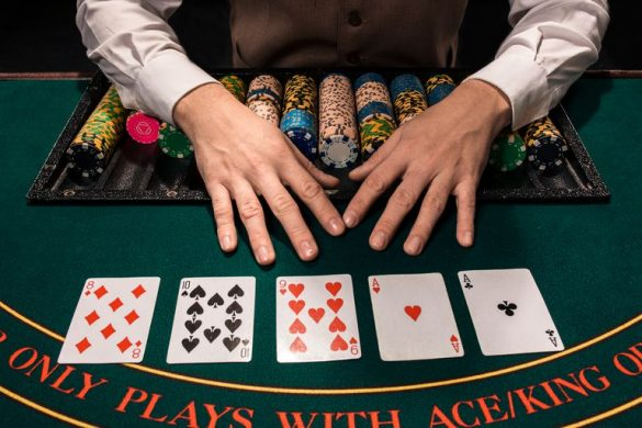 Omaha poker tricks to use